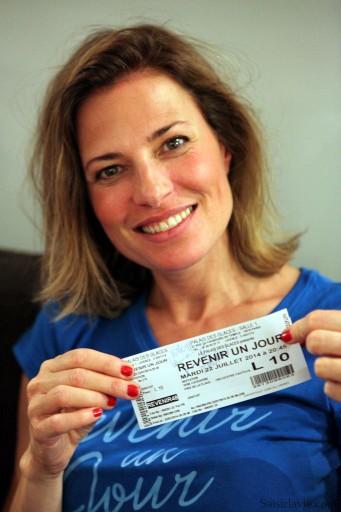 """Christine Lemler interprète Vanessa la chorégraphe dans """"Revenir un Jour"""" / Crédit Photo : Laurent pour Saisirlavie.com"""